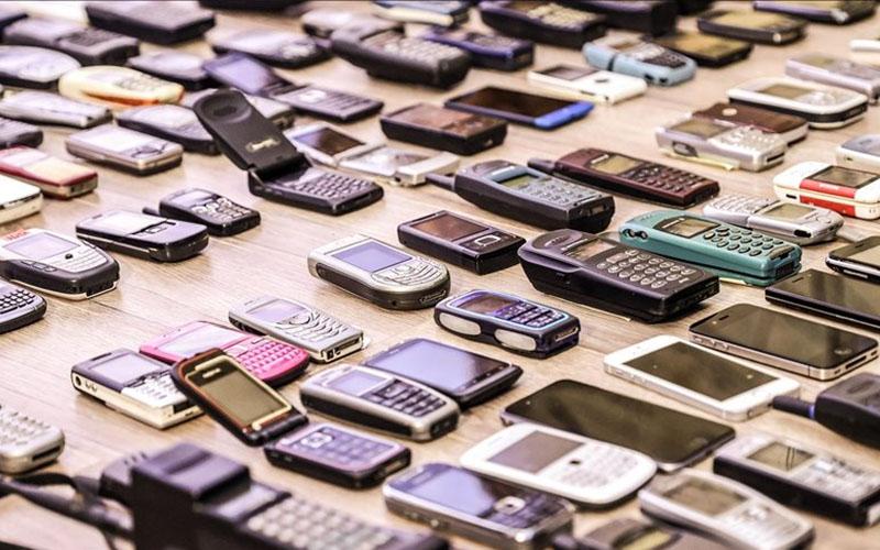 Cep telefonları 27 yılda hayatın merkezine yerleşti