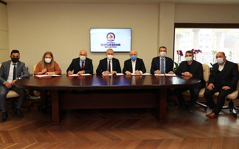 Büyükşehir DESKİ çalışanları toplu iş sözleşmesi imzaladı