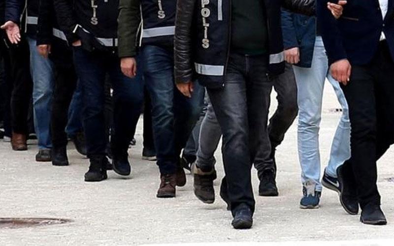 Göçmen kaçakçılığı operasyonunda 74 kişi yakalandı