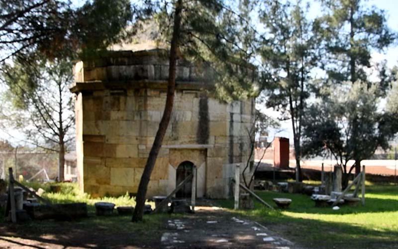 Buldan'da 22 yatır ve türbe restore edilecek