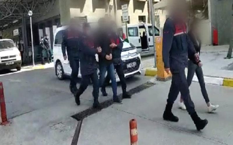 Fabrikadan hırsızlık yaptığı iddia edilen 2 şüpheli yakalandı
