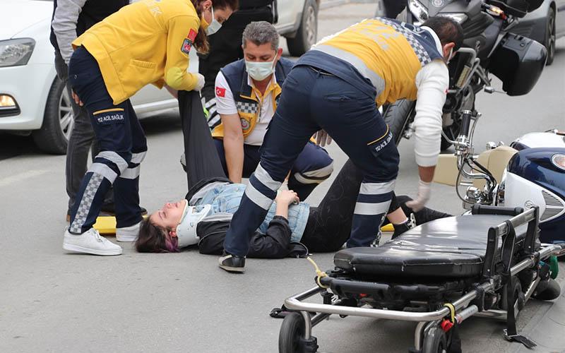 Motosikletten düştü yerden kalkamadı