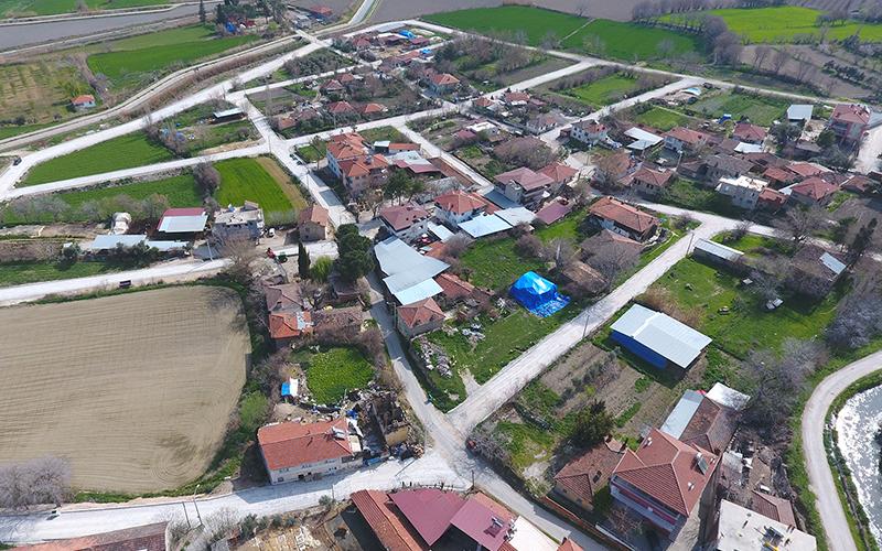 Karakova'nın yollarına beton kilit parke taşı