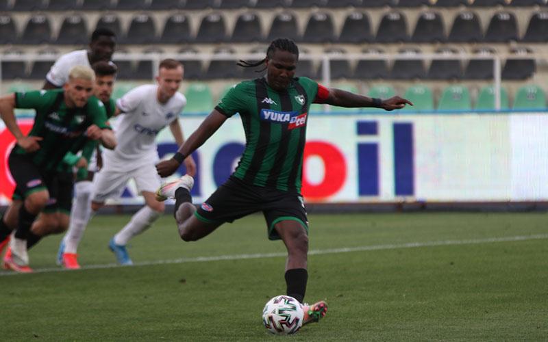 Denizlispor, Kasımpaşa ile 1-1 berabere kaldı