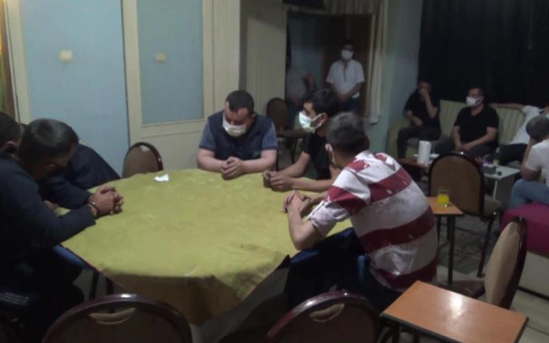 Kumar partisini polis bastı, 20 kişi yakalandı