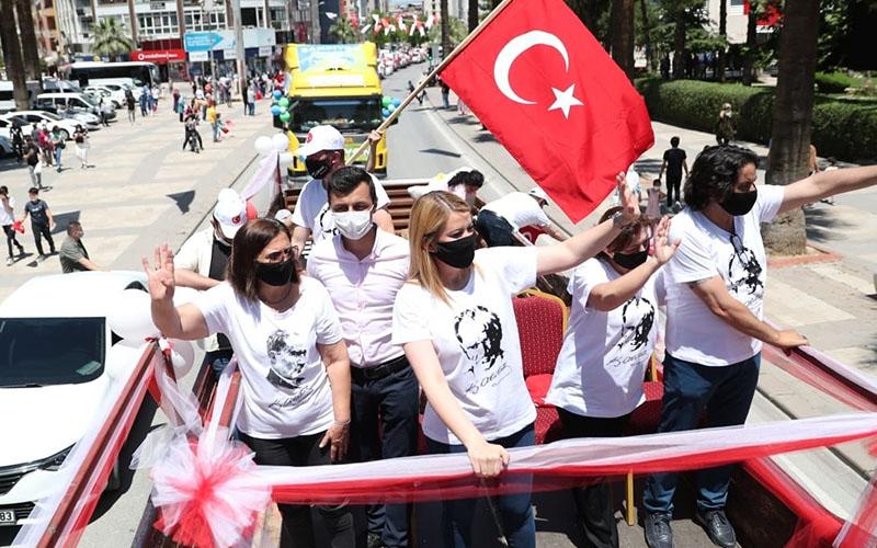 Merkezefendi'de bando eşliğinde 19 Mayıs kutlaması