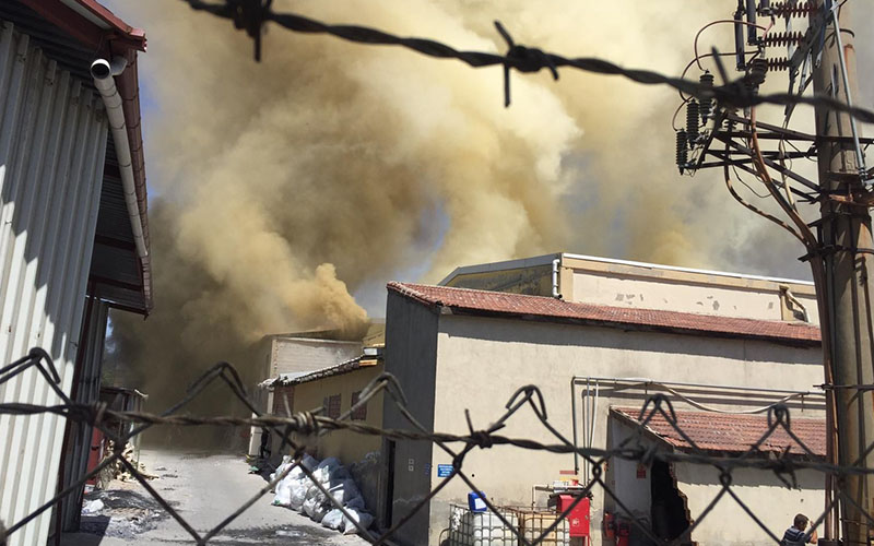 İplik fabrikasında yangın çıktı