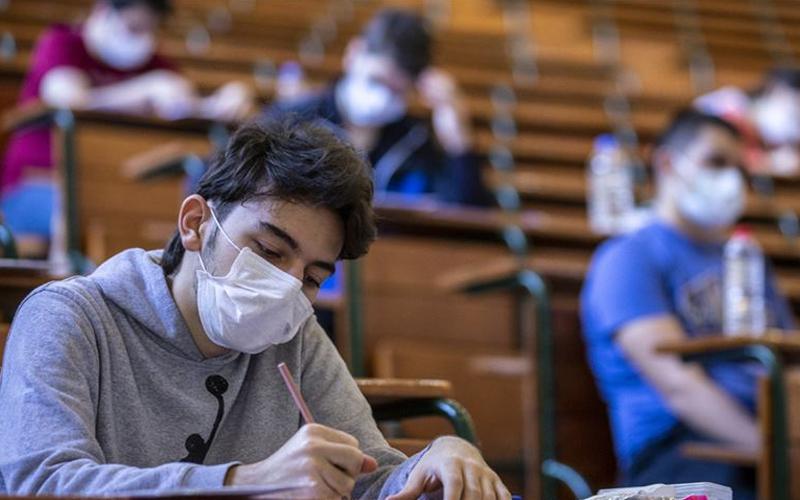 LGS'ye girecek öğrenciler maske takacak mı?