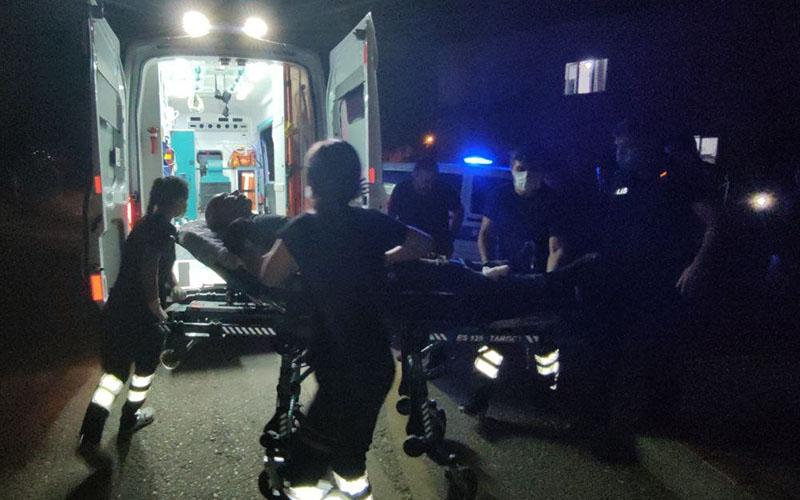 Polis kendisine bıçakla saldıran şüpheliyi vurarak etkisiz hale getirdi