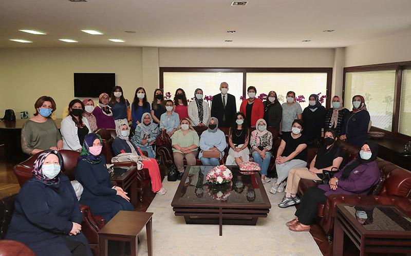 AK Parti Denizli Kadın Kolları üyeleri Zolan'ı ziyaret etti