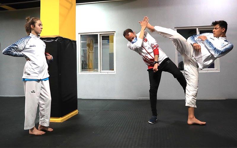 Pamukkale Belediyesporlu taekwondo ve halterciler madalya peşinde