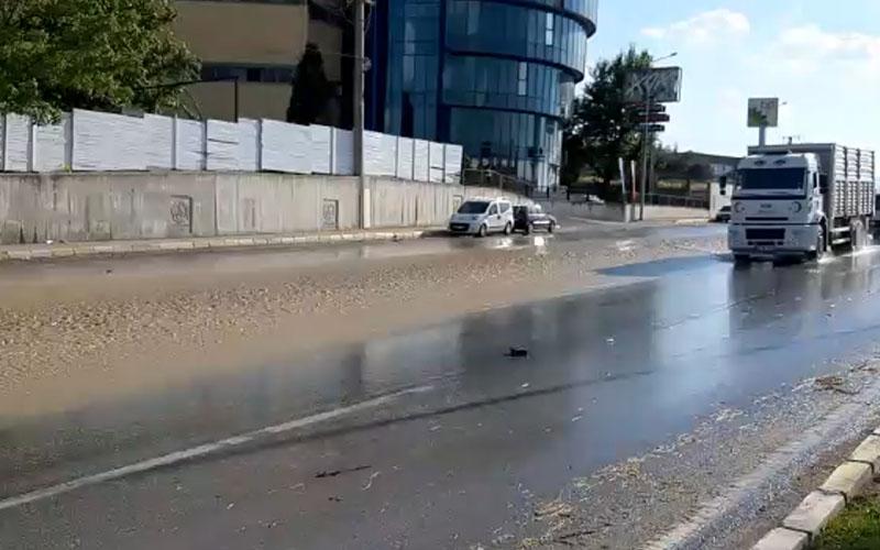 Akbaş Barajı'ndan verilen su, bent yıkılınca sel gibi aktı