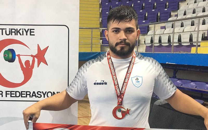 Pamukkale Belediyespor'dan Mehmet Avcıl, milli takıma çağrıldı