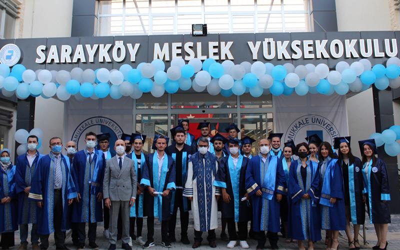 PAÜ Sarayköy Meslek Yüksekokulunda ilk mezuniyet heyecanı