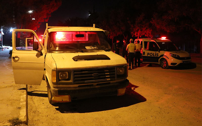 Denizli'de polise çapıp kaçan bir kişi yakalandı