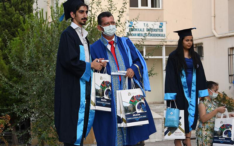 PAÜ Buldan MYO'da 130 öğrenci mezun oldu