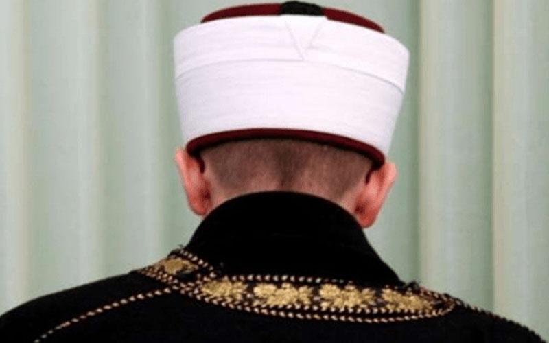 Vatandaşlara 'aşı haram' diyen imam açığa alındı