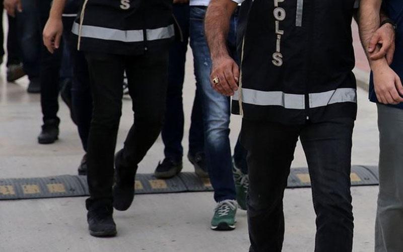 FETÖ hükümlüsü ile aranan örgüt üyesi yakalandı