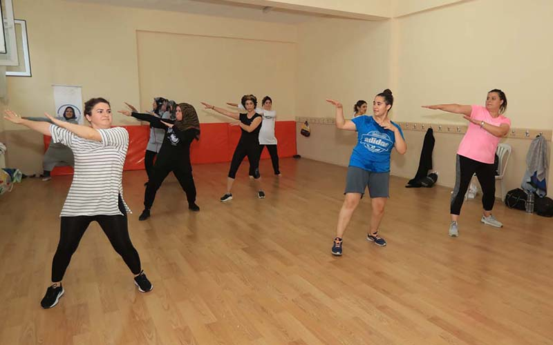 Pamukkaleli kadınlardan pilates ve jimnastik kurslarına ilgi