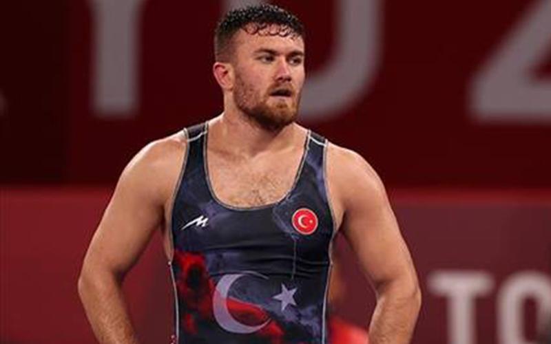 Denizlili güreşçi Süleyman Karadeniz, olimpiyatta bronz madalya maçına çıkacak