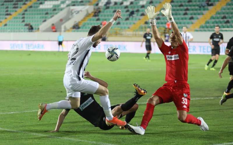 Denizlispor, Manisa'ya penaltı golüyle yenildi