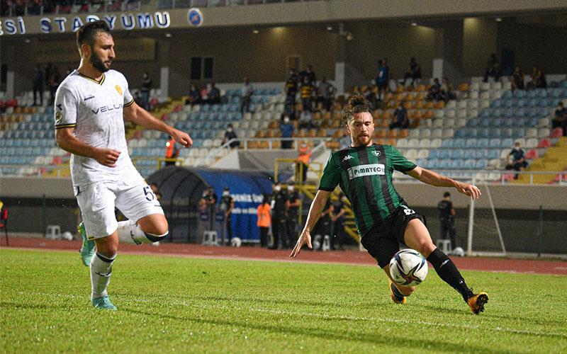 Turhan: Birbirini tanımayan oyuncular sahadaydı