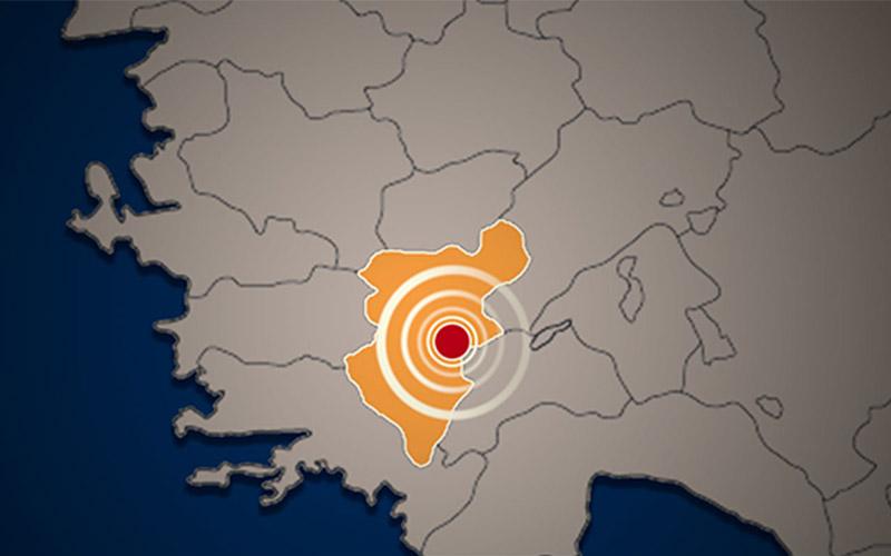 Bozkurt ve Çardak'da 29 dakikada 6 deprem meydana geldi