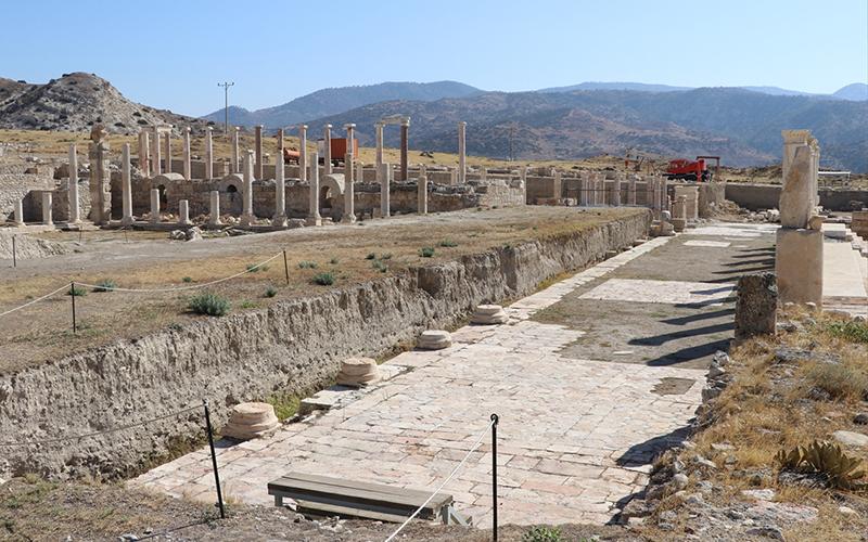 Tripolis Antik Kenti'ni 4 büyük deprem yıkmış