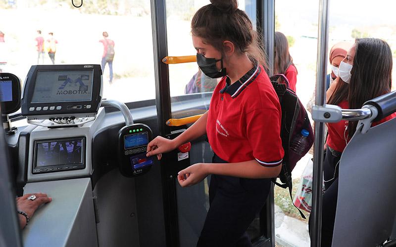 DBB: Okullar açıldı, otobüs sefer sayısı arttırıldı