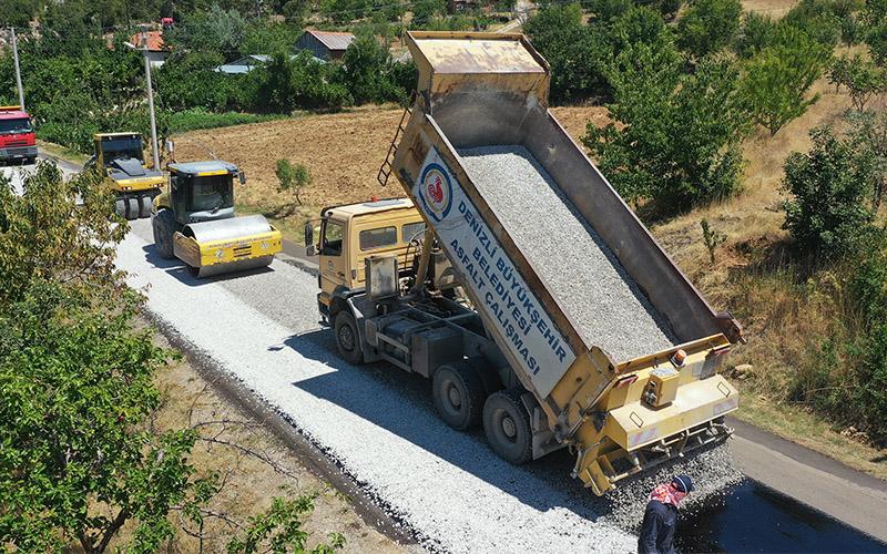 Büyükşehir'den ilçedeki 10 mahalleye 30 kilometrelik asfalt