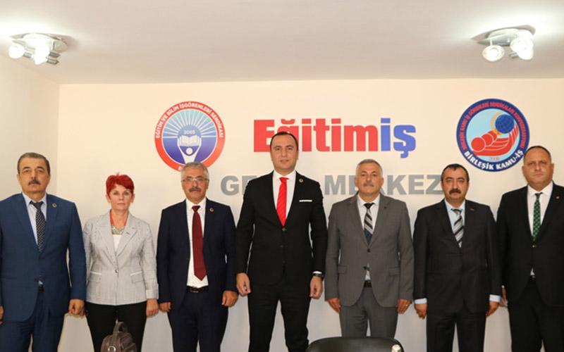 Kadem Özbay, Eğitim-İş Genel Başkanlığına seçildi