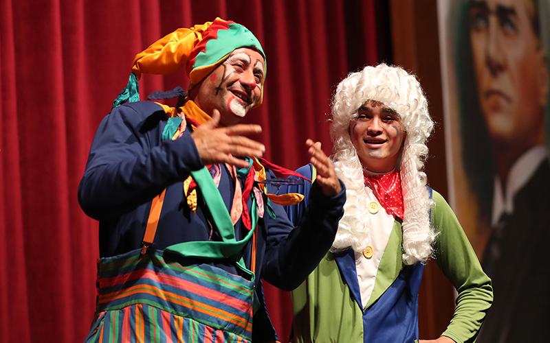 Merkezefendi'de Çocuk Tiyatrosu Günleri sürüyor