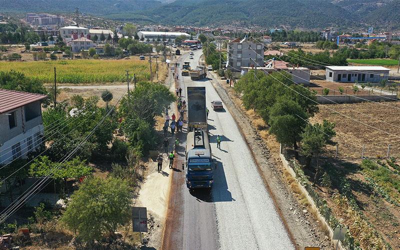 Denizli'de Serinhisar-Yatağan yolu yenilendi