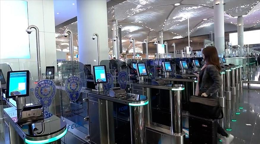 Hızlı Pasaport Geçiş Sistemi uygulaması başladı
