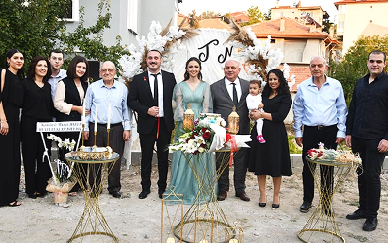 Buldan Belediye Başkanı Şevik'in mutlu günü