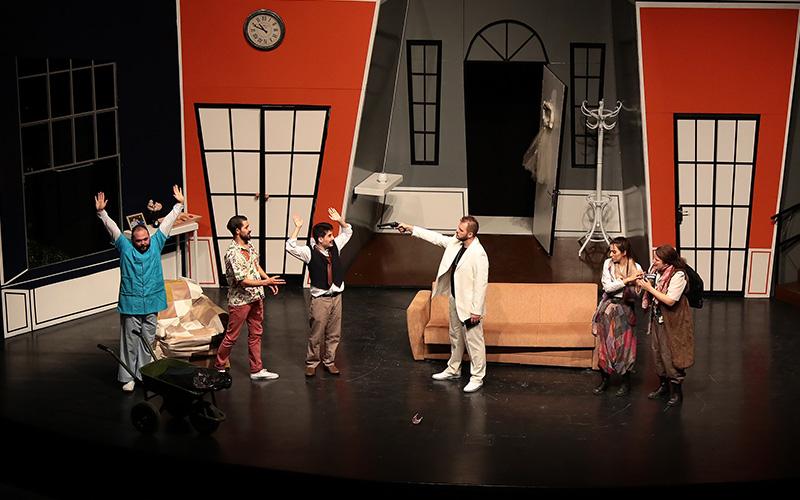 Şehir Tiyatrosu 8 Ekim'de tiyatroseverlerle buluşuyor